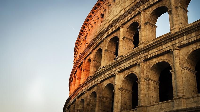 Colisee Rome en 3 jours coucher du soleil pierres
