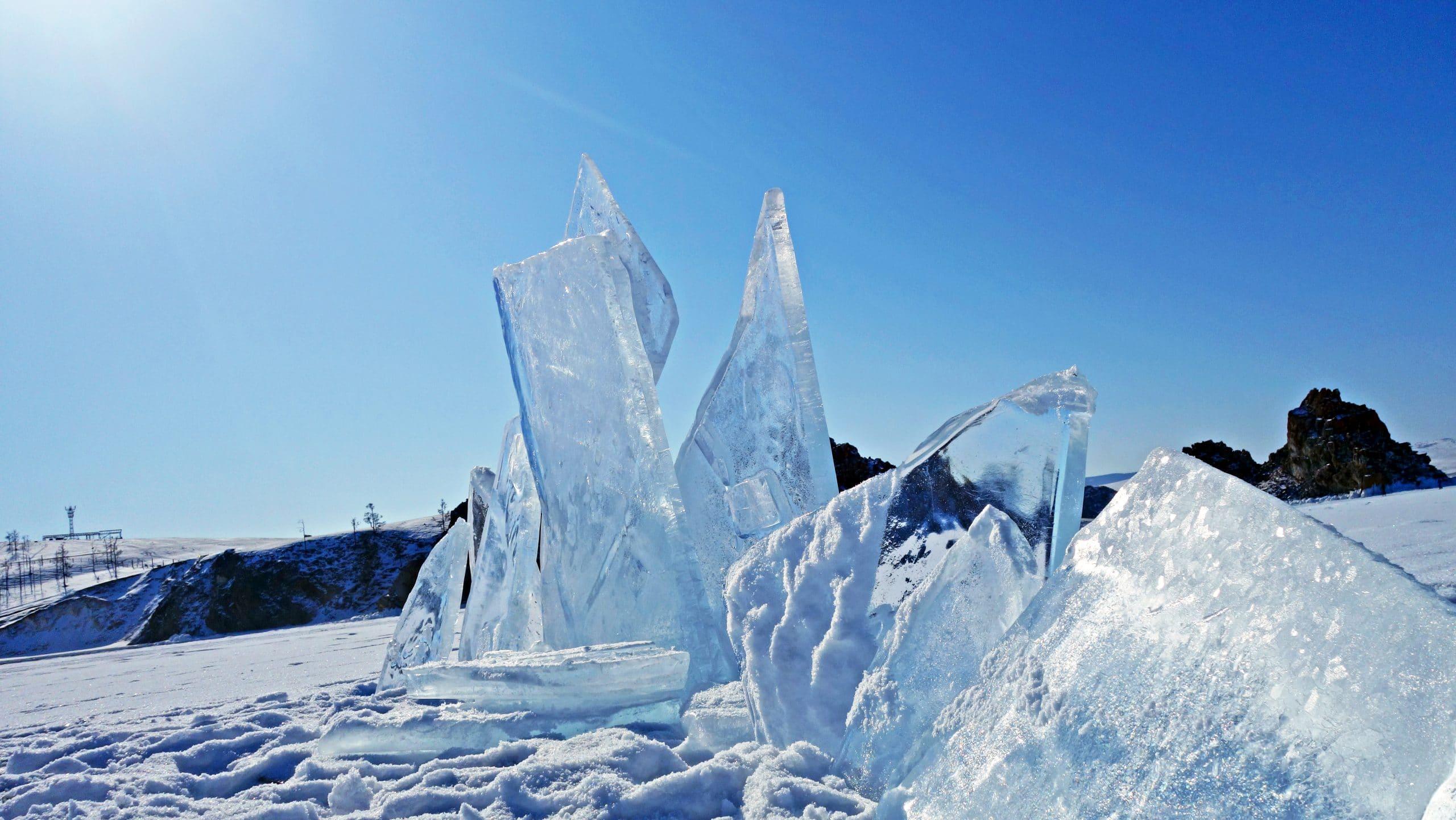 Détail glace lumière Olkhon neige