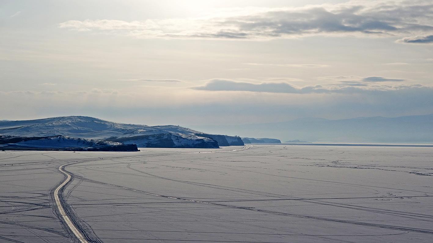 Lac Baïkal neige perle de Sibérie