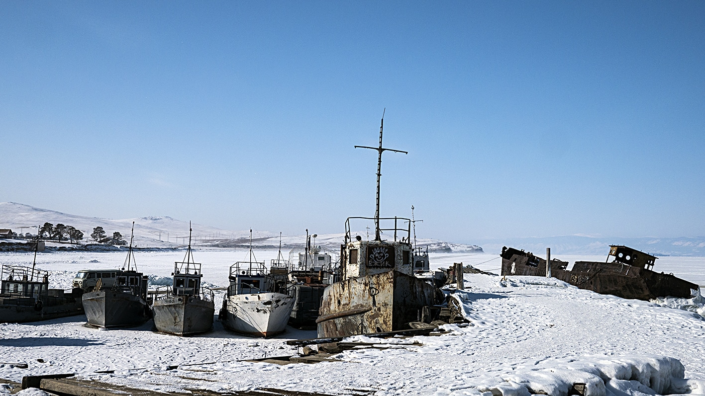 Khuzir bateaux neige glace