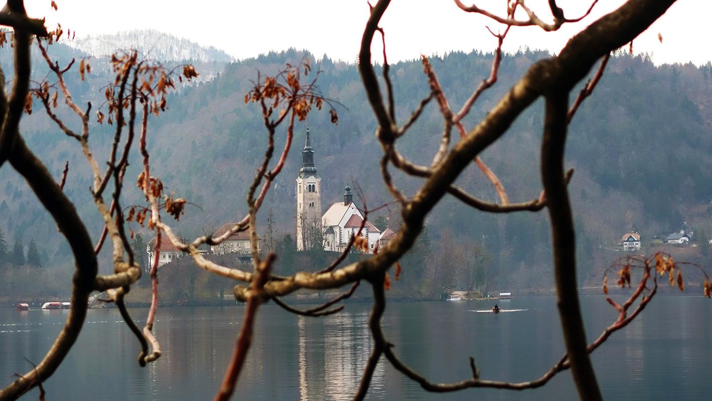 Lac Bled île église