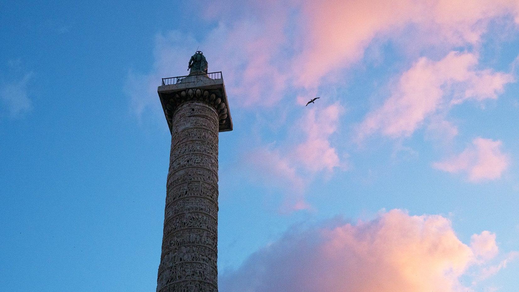 colonne coucher du soleil oiseau Rome en 3 jours Italie
