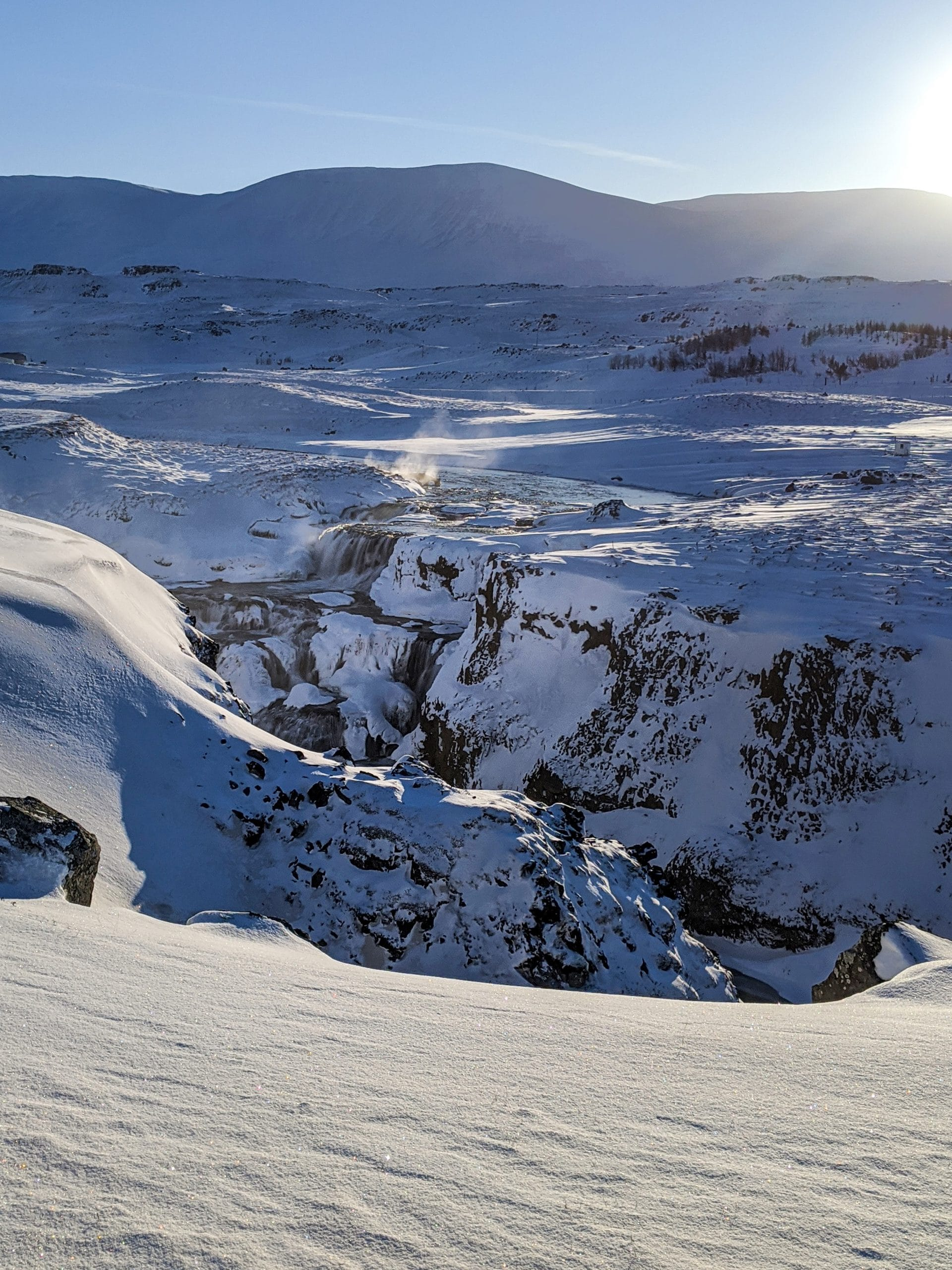 Skagafjördur Reykjafoss cascade neige montagnes Islande du Nord