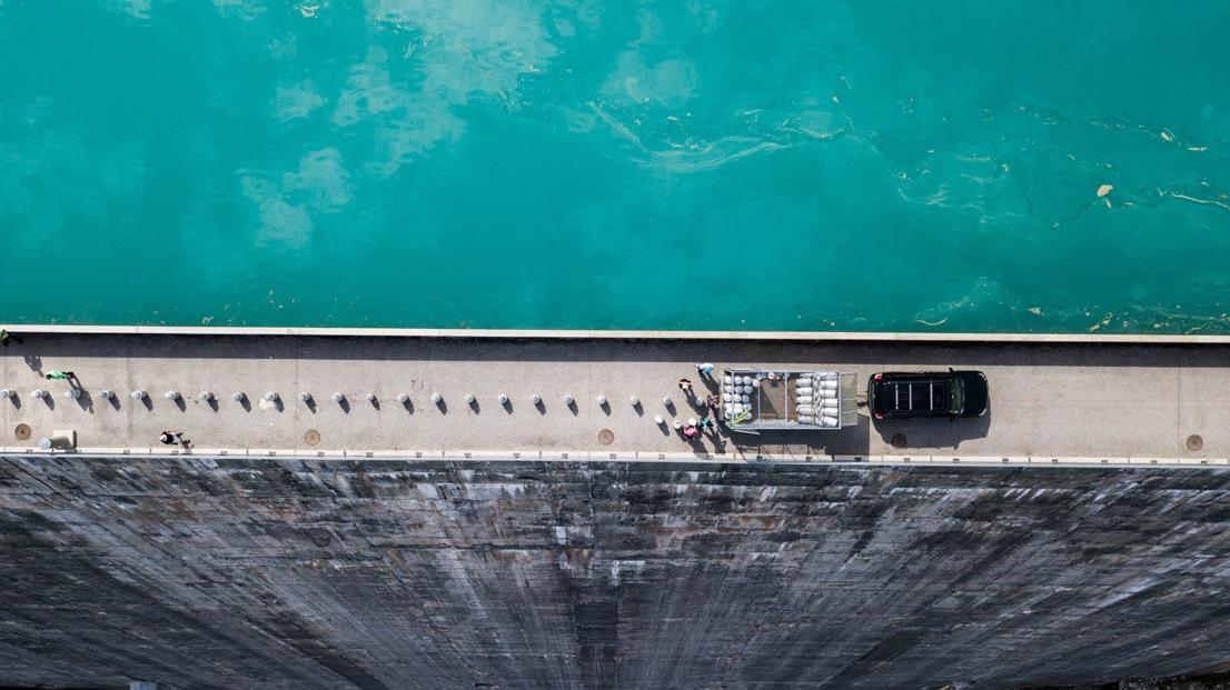 Bidons sans frontières barrage vue hélico la Burdine