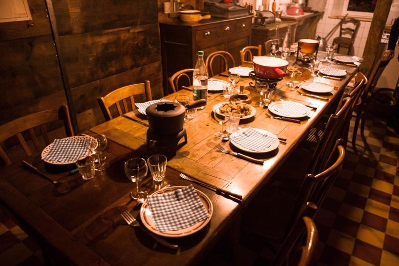 la Burdune repas table chalet Jura Lamoura