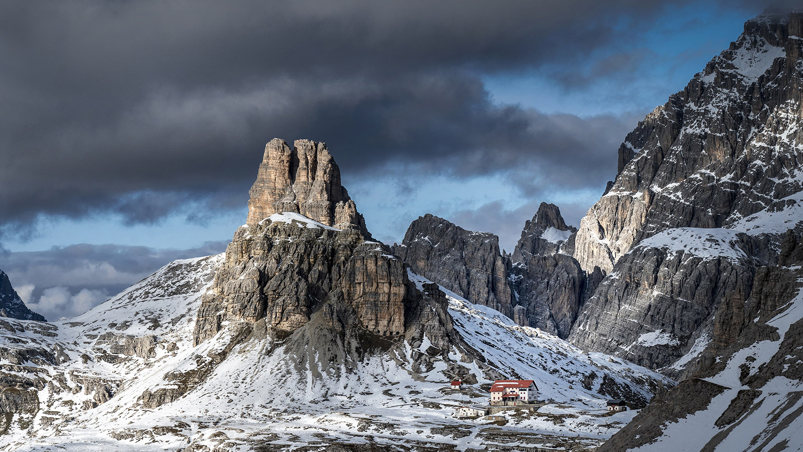Tre cime di Lavaredo une semaine dans les Dolomites refuge Locatelli montagnes neige randonnée italie