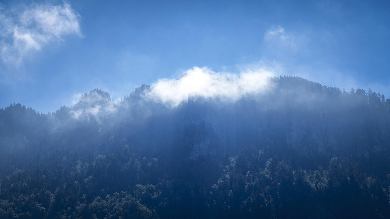 Haute-Savoie ciel bleu la Baume montagnes
